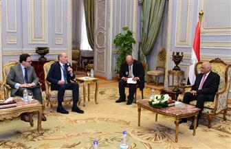 رئيس البرلمان يستقبل وفد لجنة الدفاع الفرنسية   صور
