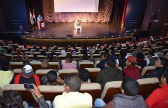 وزير الرياضة يلتقي 300 شاب وفتاة من أبناء المحافظات الحدودية