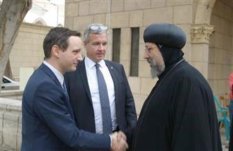 الأنبا إرميا يستقبل وزير الشئون الخارجية والتجارة المجري   صور