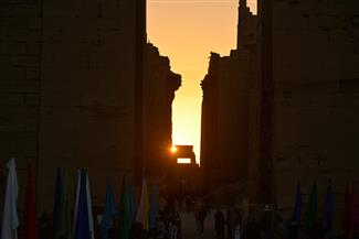 """""""بوابة الأهرام"""" داخل معبد الكرنك.. نرصد لحظة تعامد الشمس على قدس الأقداس   صور"""