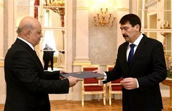 سفير مصر ببودابست يقدم أوراق اعتماده للرئيس المجري |صور