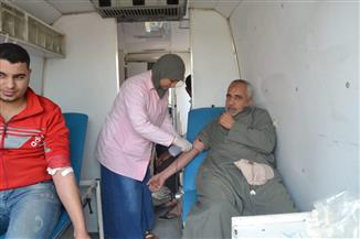 الكشف على 1040 مواطنا من أهالي عزبة أبوكريم في ديروط خلال قافلة طبية
