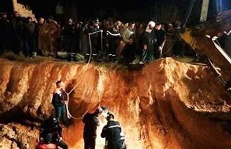 محاولات مكثفة لإنقاذ شاب جزائري سقط في بئر بعمق 100 متر | صور