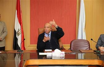 السكرتير العام الجديد لمحافظ كفرالشيخ يعقد أول اجتماع بمديري إدارات الديوان العام  صور