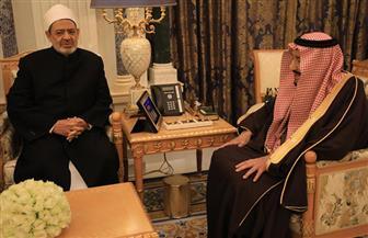 الملك سلمان خلال استقباله الشيخ الطيب: زيارتكم تمثل أهمية كبرى للمملكة ونقدر جهودكم في نشر الفكر الوسطي | صور