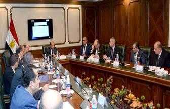وزير الطيران يعقد اجتماعا موسعا مع الجهات الأمنية لوضع خطة تأمين أعياد الكريسماس