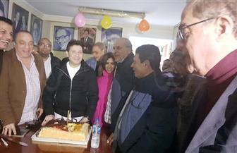 """هانى شاكر يغنى """"على الضحكاية"""" في عيد ميلاده وسط أعضاء نقابة الموسيقيين"""