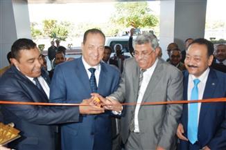 نائب محافظ أسوان يفتتح أعمال تطوير البنك الأهلي بكورنيش النيل | صور