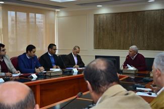 محافظ مطروح يستقبل لجنة متابعة المشروعات القومية بمجلس الوزراء