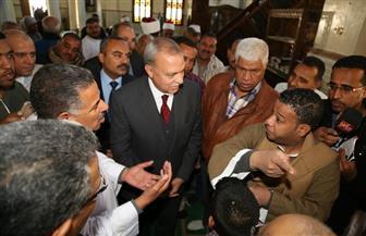 محافظ قنا يشهد ترجمة خطبة الجمعة إلى لغة الإشارة في مسجد ناصر | صور
