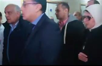 رئيس الوزراء ووزيرة الصحة يزوران مصابي حادث المريوطية الإرهابي | فيديو
