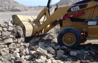 إزالة 4 حالات تعد على أراض زراعية في إدفو| صور