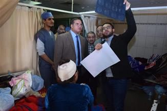 عزيز يجتمع مع قسم جراحة المخ والأعصاب بمستشفى سوهاج الجامعى | صور