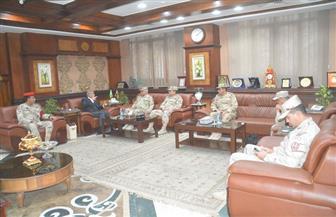 محافظ المنيا يتابع الإجراءات والتدابير الأمنية لاحتفالات رأس السنة الميلادية