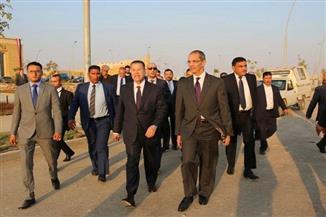 وزير الاتصالات يتفقد المنطقة التكنولوجية بمدينة بني سويف الجديدة | صور