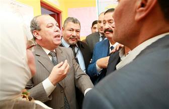 محافظ كفرالشيخ يلتقى بأهالي الخوالد بسيدي سالم ويستمع لطلباتهم | صور