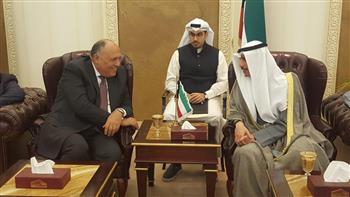 الخارجية: شكري يلتقي رئيس مجلس الأمة الكويتي.. ويشيد بقوة ومتانة العلاقات الثنائية