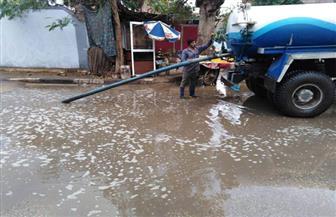 الوحدات المحلية تواصل جهودها لإزالة تجمعات مياه الأمطار في بني سويف| صور
