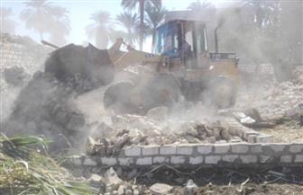 إزالة 6 حالات تعد علي الأرض الزراعية بقرية شنبارة بالشرقية