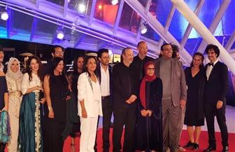 """صناع الفيلم المغربي """"طفح الكيل"""" على السجادة الحمراء بمهرجان مراكش الدولي"""