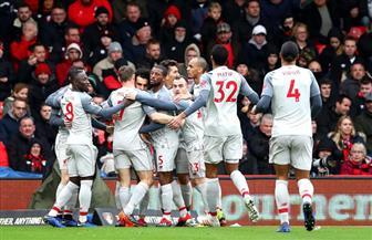 وصول فريق ليفربول إلى ملعب المباراة الحاسمة أمام نابولى | فيديو