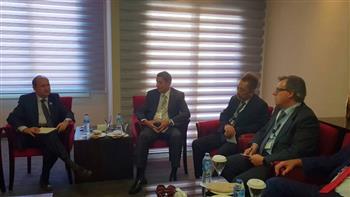 وزير التجارة يدعو شركة كانون العالمية لإقامة خط لتجميع منتجاتها في مصر