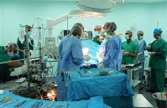 رواد جراحة القصبة الهوائية في العالم يجرون جراحات نادرة لـ14 طفل بالمجان بالمستشفى التعليمي في طنطا