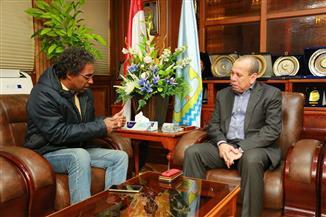 محافظ كفرالشيخ يبحث استعدادات زيارة وزيرة الثقافة وافتتاح قصر ثقافة دسوق
