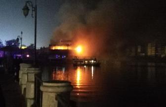 توقف حركة المرور بالمنصورة بسبب حريق في أحد المراكب النيلية