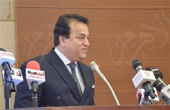 وزير التعليم العالي: اتفاق مصري – بريطاني تحت غطاء سياسي للتوسع بالتعليم الحكومي والخاص