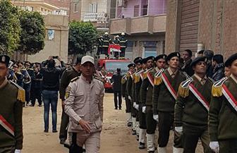 الآلاف من أهالي بركة السبع بالمنوفية يشيعون جثمان العميد أشرف الجرواني | صور