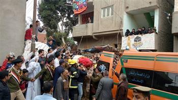 تشييع جثمان المجند إبراهيم الأبيض شهيد عمليات القوات المسلحة بسيناء في مسقط رأسه بالغربية   صور