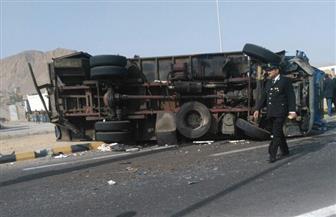 """ارتفاع ضحايا حادث سيارة """"ترحيلات سفاجا"""" إلى 4 وفيات و24 مصابًا"""