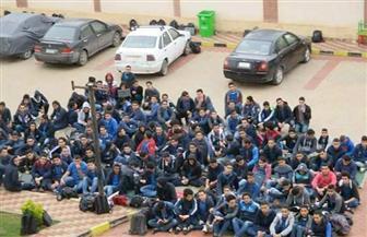 طلاب مدارس المتفوقين بالإسكندرية يعتصمون احتجاجا على نظام التنسيق   صور