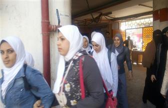 طالبات المدرسة الثانوية الصناعية بكفرالشيخ ينفذن تجربة إخلاء سريع   صور