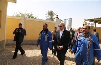محافظ قنا يتفقد مشروعات جمعية بشائر الخير للتنمية بنقادة | صور