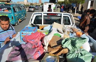 ضبط 6 سيارات نقل محملة بمواد غذائية غير صالحة بسوهاج | صور