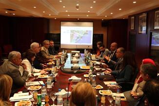 """مجلس الأعمال """"المصري - البريطاني"""" يبحث فرص الاستثمار بالمنطقة الاقتصادية لقناة السويس"""