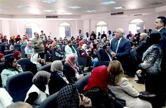 محافظ بورسعيد ووكيل الوزارة يتفقدان القوافل التعليمية المجانية للثانوية العامة