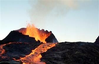ثوران بركان في اليابان ورفع مستوى التحذير