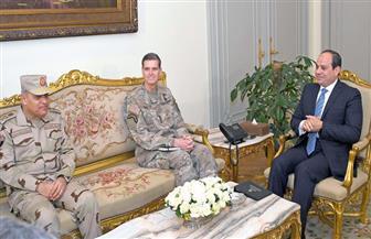 الرئيس السيسي يبحث مع قائد القيادة المركزية الأمريكية الارتقاء بالتعاون العسكري بين البلدين