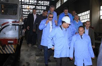 وزير النقل يشهد إعادة تأهيل وتشغيل 5 جرارات توقفت عن العمل منذ عدة سنوات بورش التبين   صور