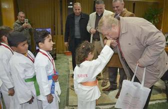 محافظ الإسماعيلية يكرم فريق الكاراتيه بنادي سيناء الرياضي | صور