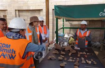 وفد المعونة الأمريكية يتفقد مشروع سحب المياه الجوفية من معبد كوم أمبو   صور