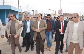 محافظ الإسماعيلية يقود حملة مكبرة لإزالة ورفع الإشغالات بشارع الثلاثيني