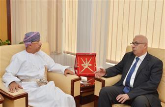 وزير الإعلام العُماني: زيارة الرئيس السيسي لها أثر كبير في تعزيز العلاقات ونراهن على مصر لقيادة عالمنا العربي