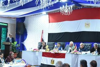 محافظ الشرقية يستعرض أداء رؤساء الوحدات المحلية القروية بمركزي ههيا والإبراهيمية