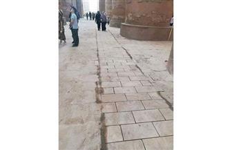 """ممرات ذوي الإعاقة بمعابد الكرنك تشعل غضب الأثريين.. والمسئولون يصفونها بـ""""المشروع العظيم"""""""