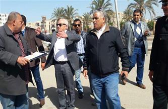 """""""الغضبان"""" يتابع أعمال رصف منطقة الحراسات بحي الضواحي ببو رسعيد"""