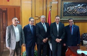 رئيس جامعة قناة السويس يستقبل عمداء كليات الطب والآداب والزراعة الجدد | صور